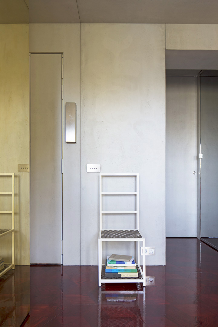 Rodolphe-Parente-Concrete-Appartment-05